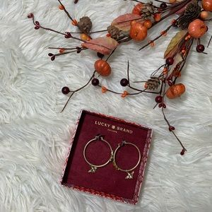 NIB Lucky Brand Bee Hoop Earrings